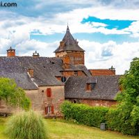 #Bienvenue á #Collonges-la-Rouge